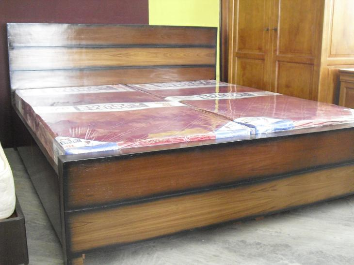 Second Hand Furniture Online Fashionable Durable yet  : 43 double bed box3 from usedfurnitures.in size 730 x 548 jpeg 102kB