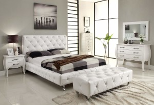 10 handy tips to arrange furniture and make your room look bigger