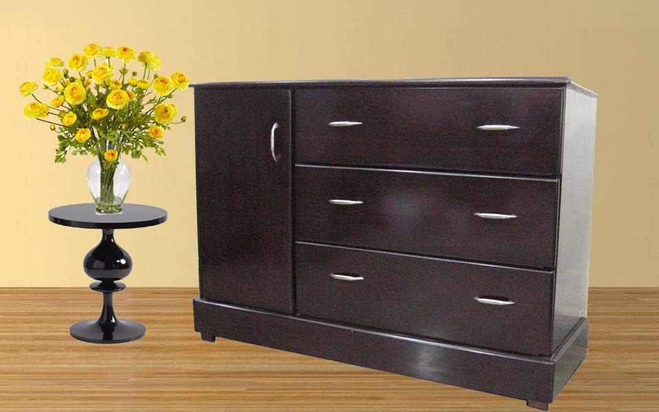 Chest of Drawers - 4 Feet wide