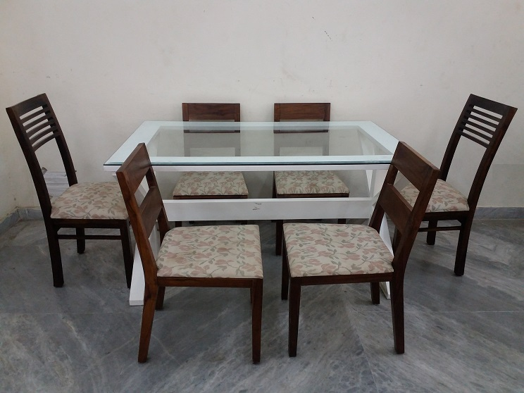 Glass top 6 seater dining table used furniture for sale for 6 seater dining table