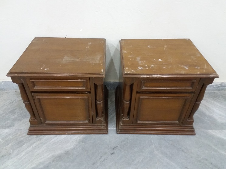 Bed Side Table Pair 1 Used Furniture For Sale