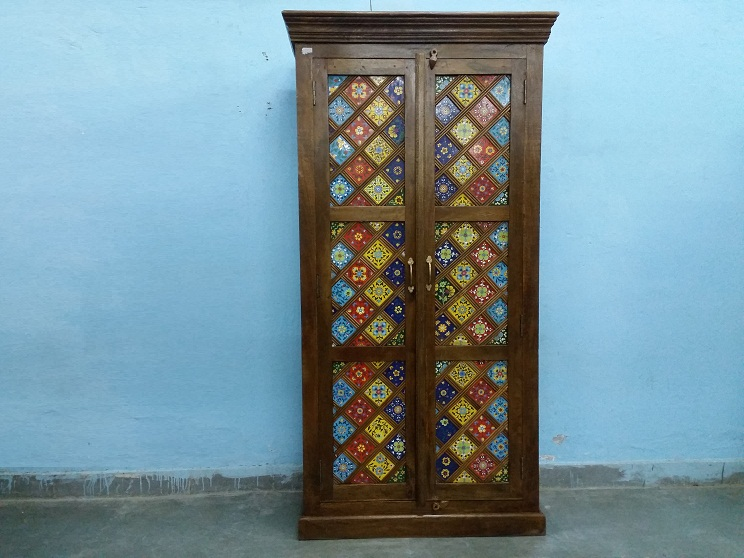 Wooden Multi Color Tiled Almirah