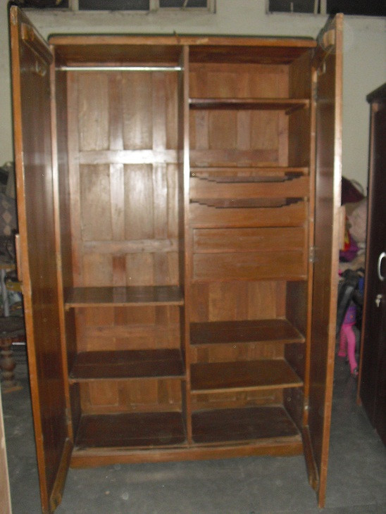 Oops used furnitures for sale Pictures of wooden almirahs