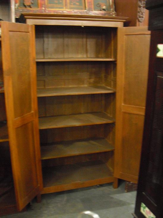 Wooden almirah 1 used furniture for sale - Wooden almirah pictures ...