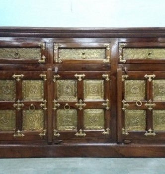 used Solid Wood Brass Fitted Chester