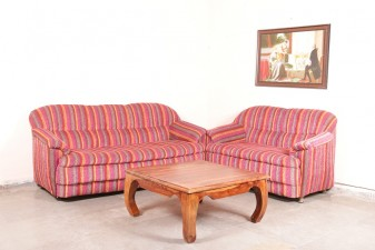 used 5 Seater Old Sofa