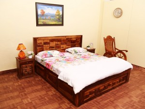 used Solitiar King Size Double Bed