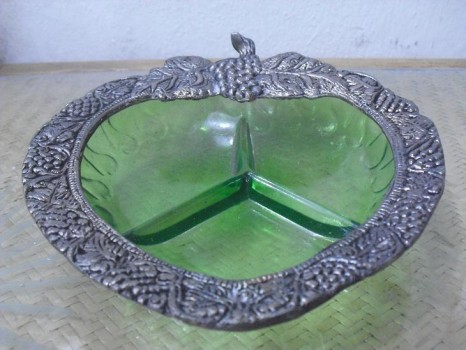 used Glass And White Metal Decorative plates