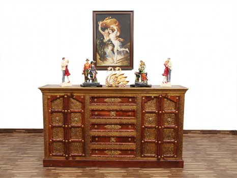 used Maharaja Side Board
